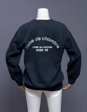 Comme-Des-Garcons-Robe-De-Chambre-Sweatshirt-001