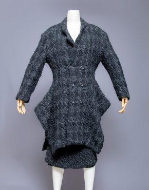 Comme-Des-Garcons-Wool-Skirt-Suit-001