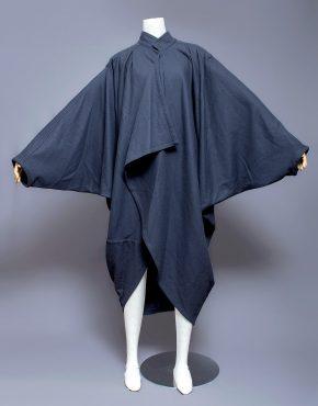 Issey-Miyake-Men-Cocoon-Coat-001